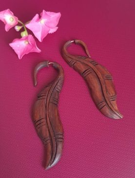 Tribal Wooden Leaf Design